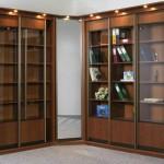 Угловой шкаф длина 4 метра. Угловой шкаф купе библиотека